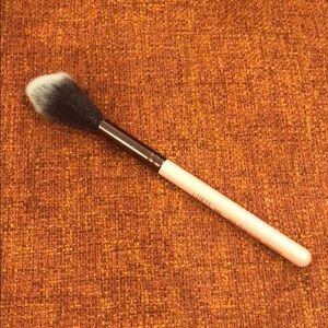 Luxie 640 pro precision tapered brush.